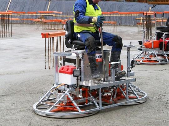 Concrete Power Float Ride-On 2 X 90 Cm