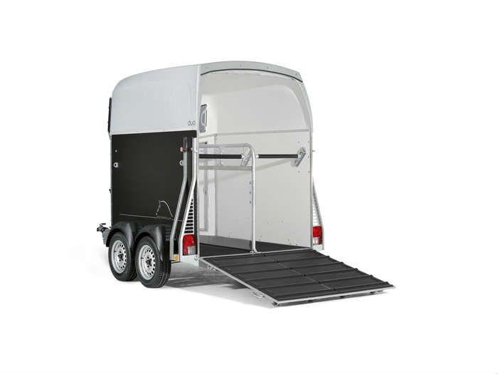 Bestelwagen trailer voor paarden (2) (1)