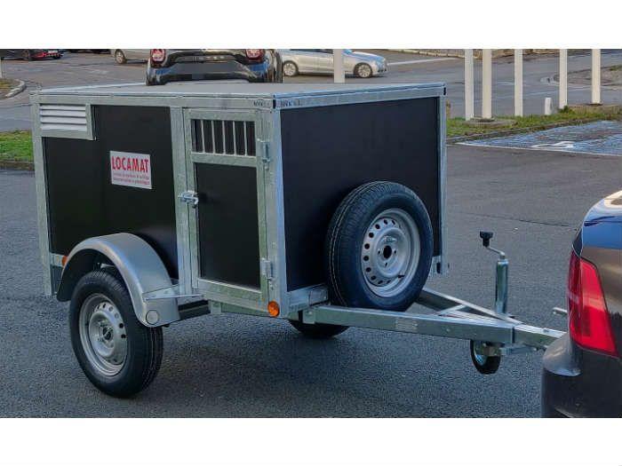 Dog trailer (1)