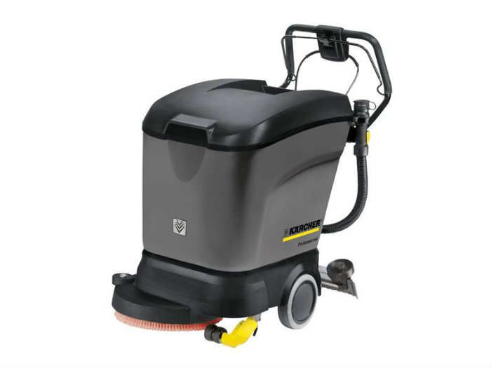 Industrial scrubber-dryer on 220v power supply (1)
